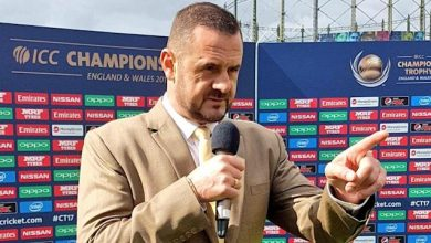 Photo of Simon Doull bids emotional farewell to India
